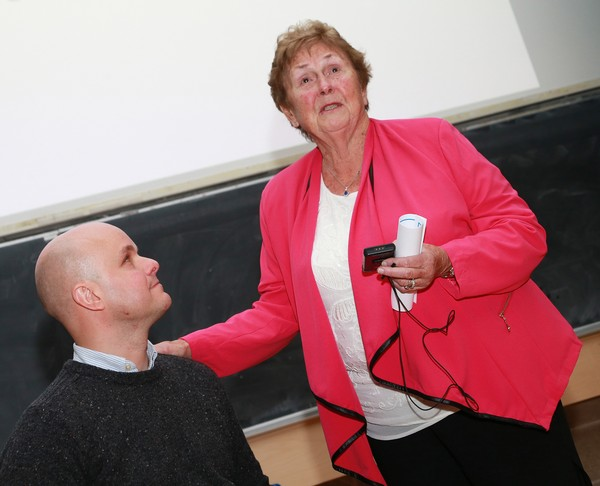 Prof. Moira O'Brien with Mark Pollock at 2015 Annual Medical Conference.